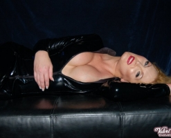 velvet-steele-black-PVC-catsuit-07