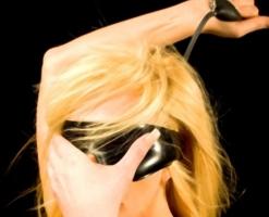velvetsteele_latex_goggles_gag_blindfold-12