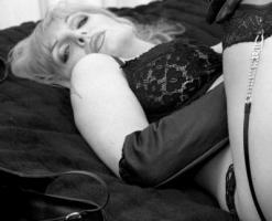 velvetsteele_black_ white_glamour-4