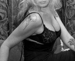 velvetsteele_black_ white_glamour-15