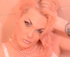 Pink Bathing Beauty 4