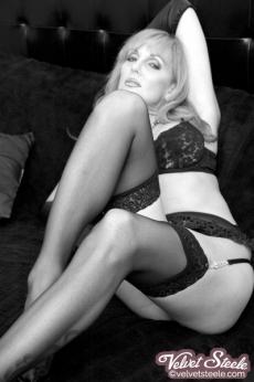 velvetsteele_black_ white_glamour-7