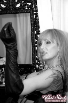 velvetsteele_black_ white_glamour-13