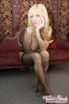 velvetsteele_topless_lingerie_undress-10
