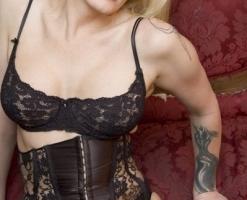velvetsteele_topless_lingerie_undress-3