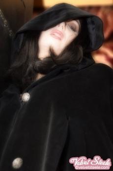 velvet-steele-vampire-02